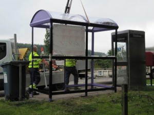 Installation of new bus shelter (4) - 18 08 2016